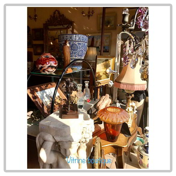 vitrine-antiquite-michel-robic
